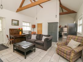 Willow Cottage - Mid Wales - 1057342 - thumbnail photo 3