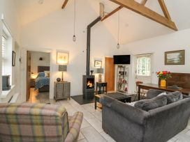 Willow Cottage - Mid Wales - 1057342 - thumbnail photo 2