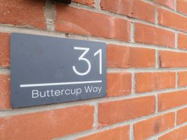 Buttercups - Dorset - 1057448 - thumbnail photo 2