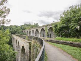 Belmont Bridge - Shropshire - 1057460 - thumbnail photo 25