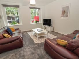 Apartment 1 - North Wales - 1057593 - thumbnail photo 3