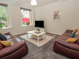 Apartment 1 - North Wales - 1057593 - thumbnail photo 4