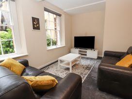Apartment 2 - North Wales - 1057595 - thumbnail photo 7