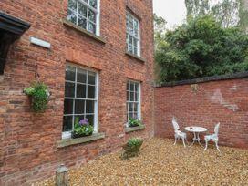 Apartment 2 - North Wales - 1057595 - thumbnail photo 25