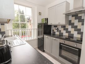 Apartment 7 - North Wales - 1057596 - thumbnail photo 8