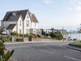 The Beach House - Dorset - 1057718 - thumbnail photo 2