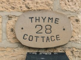 Thyme Cottage - Whitby & North Yorkshire - 1057879 - thumbnail photo 2