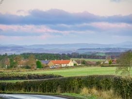 Rhum Cottage - Scottish Lowlands - 1057899 - thumbnail photo 17