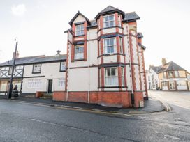 3 bedroom Cottage for rent in Colwyn Bay