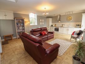 The Tack Room - Cotswolds - 1057990 - thumbnail photo 5