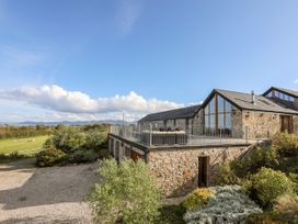 Gwelfor Barn - Anglesey - 1057992 - thumbnail photo 1