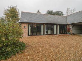 The Courtyard - Hilltop Barn - Dorset - 1058078 - thumbnail photo 2
