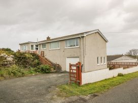 Windy Ridge - Anglesey - 1058087 - thumbnail photo 1
