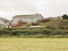 Windy Ridge - Anglesey - 1058087 - thumbnail photo 3