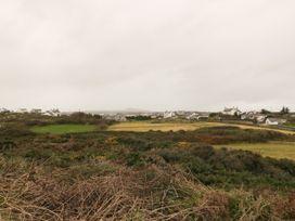 Windy Ridge - Anglesey - 1058087 - thumbnail photo 21