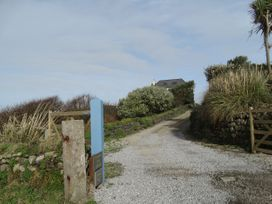 Kynance Bay House - Cornwall - 1058119 - thumbnail photo 2