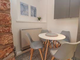 Apartment 3 - North Wales - 1058120 - thumbnail photo 10