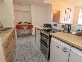 Apartment 9 - North Wales - 1058122 - thumbnail photo 9