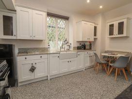 Apartment 10 - North Wales - 1058123 - thumbnail photo 7