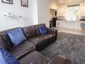 Apartment 10 - North Wales - 1058123 - thumbnail photo 4