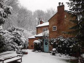 5 bedroom Cottage for rent in Grantham