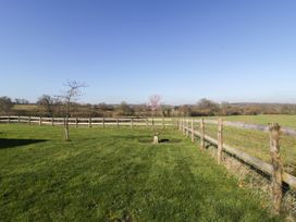 Field View - Somerset & Wiltshire - 1058162 - thumbnail photo 23