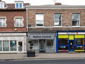 Saville Street - Whitby & North Yorkshire - 1058196 - thumbnail photo 18