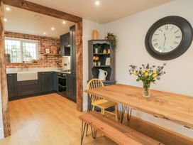 Pumphouse Cottage - Devon - 1058225 - thumbnail photo 7