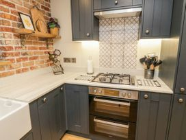 Pumphouse Cottage - Devon - 1058225 - thumbnail photo 9