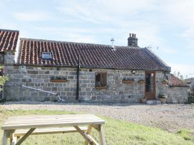 Dovecote Cottage - Whitby & North Yorkshire - 1058245 - thumbnail photo 2