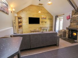 Dovecote Cottage - Whitby & North Yorkshire - 1058245 - thumbnail photo 7