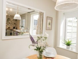 Lily Cottage - North Yorkshire (incl. Whitby) - 1058572 - thumbnail photo 10