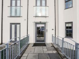 Steps Away... - Anglesey - 1058588 - thumbnail photo 2