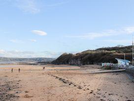 Steps Away... - Anglesey - 1058588 - thumbnail photo 26