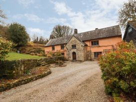 5 bedroom Cottage for rent in Chagford