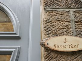 1 Burns Yard - Whitby & North Yorkshire - 1058803 - thumbnail photo 2