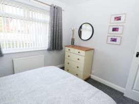 Redmayne Cottage - Whitby & North Yorkshire - 1058809 - thumbnail photo 11