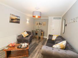 Redmayne Cottage - Whitby & North Yorkshire - 1058809 - thumbnail photo 5
