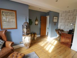 The Loft - Cotswolds - 1058864 - thumbnail photo 7