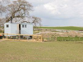 Ketburn Shepherds Hut - Scottish Lowlands - 1058902 - thumbnail photo 3