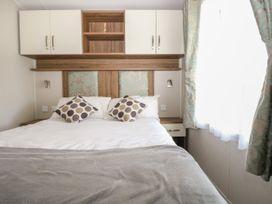 Rainbow Lodge - South Coast England - 1059031 - thumbnail photo 11