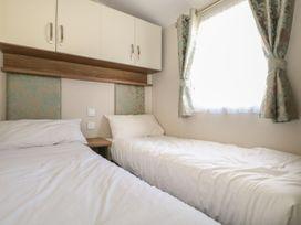 Rainbow Lodge - South Coast England - 1059031 - thumbnail photo 14