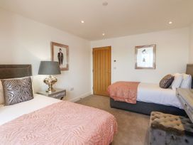 Harbourside Haven Apartment 1 - Dorset - 1059262 - thumbnail photo 16