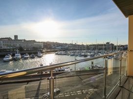 Harbourside Haven Apartment 3 - Dorset - 1059264 - thumbnail photo 6