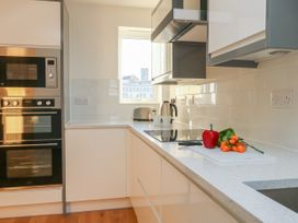 Harbourside Haven Apartment 3 - Dorset - 1059264 - thumbnail photo 7