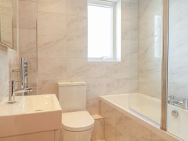 Harbourside Haven Apartment 3 - Dorset - 1059264 - thumbnail photo 9