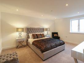 Harbourside Haven Apartment 4 - Dorset - 1059265 - thumbnail photo 9