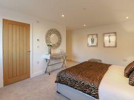 Harbourside Haven Apartment 4 - Dorset - 1059265 - thumbnail photo 12