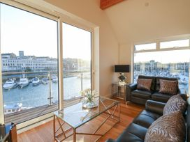 Harbourside Haven Penthouse 1 - Dorset - 1059266 - thumbnail photo 2