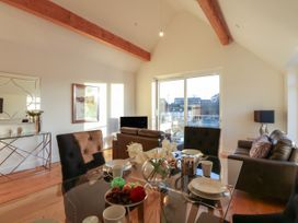 Harbourside Haven Penthouse 1 - Dorset - 1059266 - thumbnail photo 4